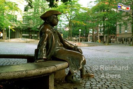 Asmus-Bremer-Denkmal auf dem gleichnamigen Platz in der Kieler Innenstadt., Kiel, Asmus, Bremer, Platz, Albers, Foto, foreal,