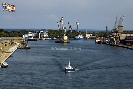 Danziger Hafen vom Leuchtturm in Neufahrwasser aus gesehen., Polen, Danzig, Gdańsk, Neufahrwasser, Port, Hafen, Albers, Foto, foreal