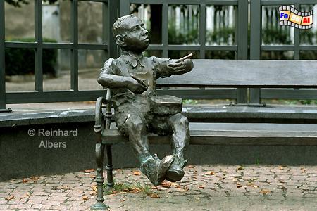 Denkmal für Günter Grass in Form der bekanntesten von ihm geschaffenen Romanfigur, dem Trommler aus der Blechtrommel., Polen, Danzig, Gdańsk, Grass, Langfuhr, Denkmal, Albers, foreal, Foto