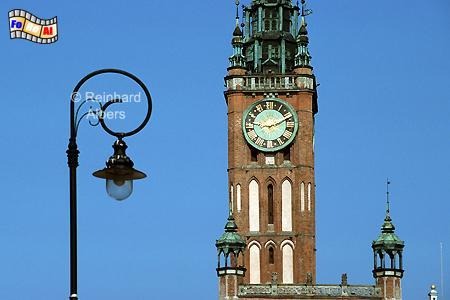 Der 81,5 m hohe Turm des Rechtstädtischen Rathauses aus dem 15. Jh., Polen, Danzig, Gdańsk, Długi, Targ, Langer, Markt, Ratusz, Rathaus, Rechtstadt, Albers, Foto, foreal
