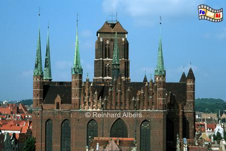Gdańsk (Danzig) - Kościól Mariacki. Die Rückseite der Marienkirche mit dem 66 m breiten Querschiff., Polen, Danzig, Gdańsk, Rechtstadt, Marienkirche, Kościól, Mariacki. Albers, Foto, foreal
