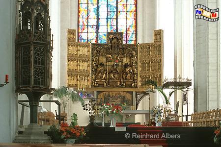 Gdańsk (Danzig) - Kościól Mariacki. Den Hochaltar aus der Werkstatt des Meisters Michael aus Augsburg (1510-17)., Polen, Danzig, Gdańsk, Rechtstadt, Marienkirche, Kościól, Mariacki. Albers, Foto, foreal