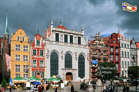 Dwór Artusa (Artushof) am Długi Targ (Langen Markt)., Polen, Danzig, Gdańsk, Dwór, Artusa, Artushof, Albers, Foto, foreal