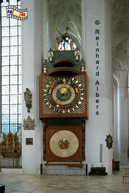 Gdańsk (Danzig) - Kościól Mariacki. Die 14 m hohe Astronomische Uhr schuf Hans Düringer aus Thorn 1464-70, Polen, Danzig, Gdańsk, Rechtstadt, Marienkirche, Kościól, Mariacki. Uhr, Astronomische, Düringer, Albers, Foto, foreal