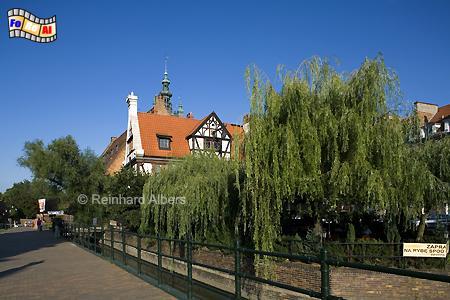 Am Radauene-Kanal steht das wiederaufgebaute Haus des Müllers von der Großen Mühle., Polen, Danzig, Gdańsk, Altstadt, Große Mühle, Radaune, Albers, Foto, foreal