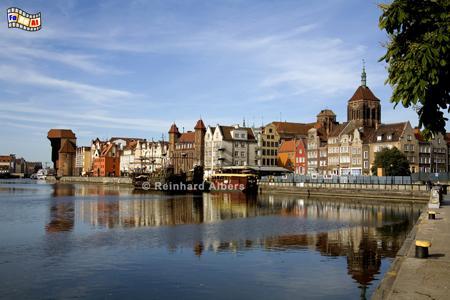 Stadtansicht von Nordosten, Polen, Danzig, Gdańsk, Lange Brücke, Długi, Pobrzeże, Krantor, Mottlau, Albers, Foto, foreal