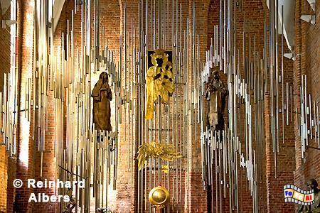 Moderner Altar in der Brigittenkirche., Polen, Danzig, Gdańsk, Altstadt, Brigittenkirche, Albers, Foto, foreal