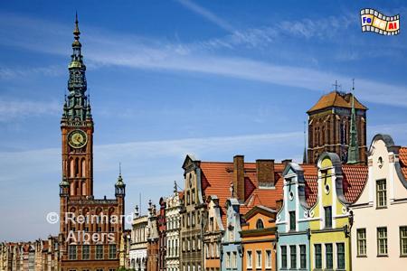Długi Targ (Langer Markt), links im Bild der Rathausturm, rechts im Hintergrund die Marienkirche., Polen, Danzig, Gdańsk, Długi, Targ, Langer, Markt, Rechtstadt, Albers, Foto, foreal