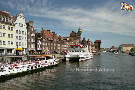 Gdańsk (Danzig) - Długi Pobrzeże (Lange Brücke)., Polen, Danzig, Gdańsk, Lange Brücke, Długi, Pobrzeże, Krantor, Mottlau, Albers, Foto, foreal