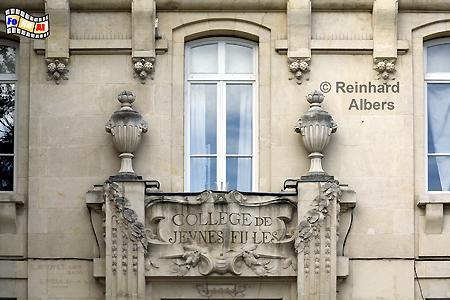Orange - Schulfassade, Frankreich, France, Provence, Orange, foreal, Albers,
